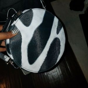 Black & White Crossbody Steve Madden Bag